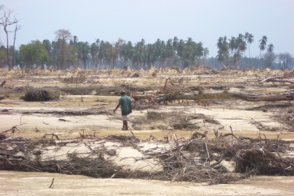 Katastrophenhilfe – Katastrophe oder Hilfe?