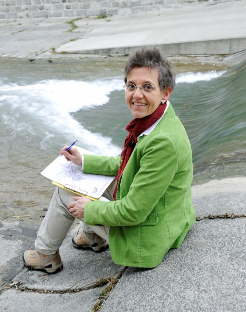 Verena Winiwarter plädiert für Forschung mit den Menschen und nicht über sie. Deshalb setzt sie auf Nachwuchsförderung und den Dialog mit der Öffentlichkeit.