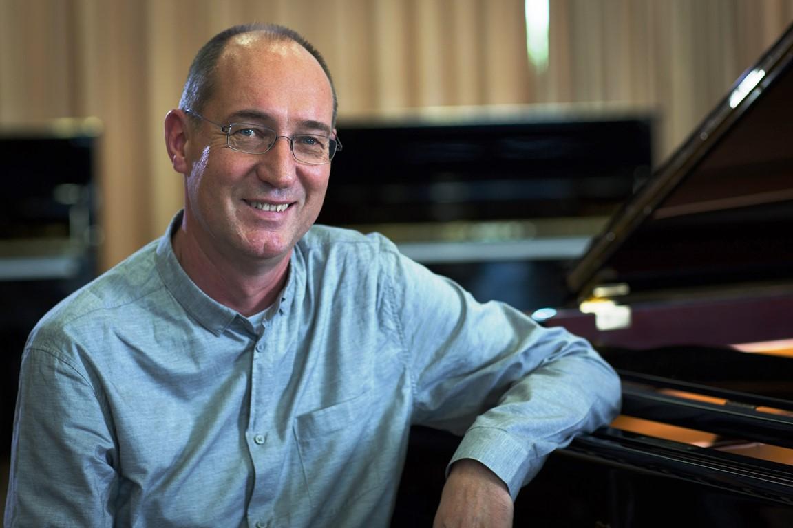 Gerhard Widmer erhielt vor kurzem einen ERC Advanced Grant. Damit möchte er einen Computer bauen, der Emotionen erkennen und Musik auf einer Ausdrucksebene wahrnehmen kann.