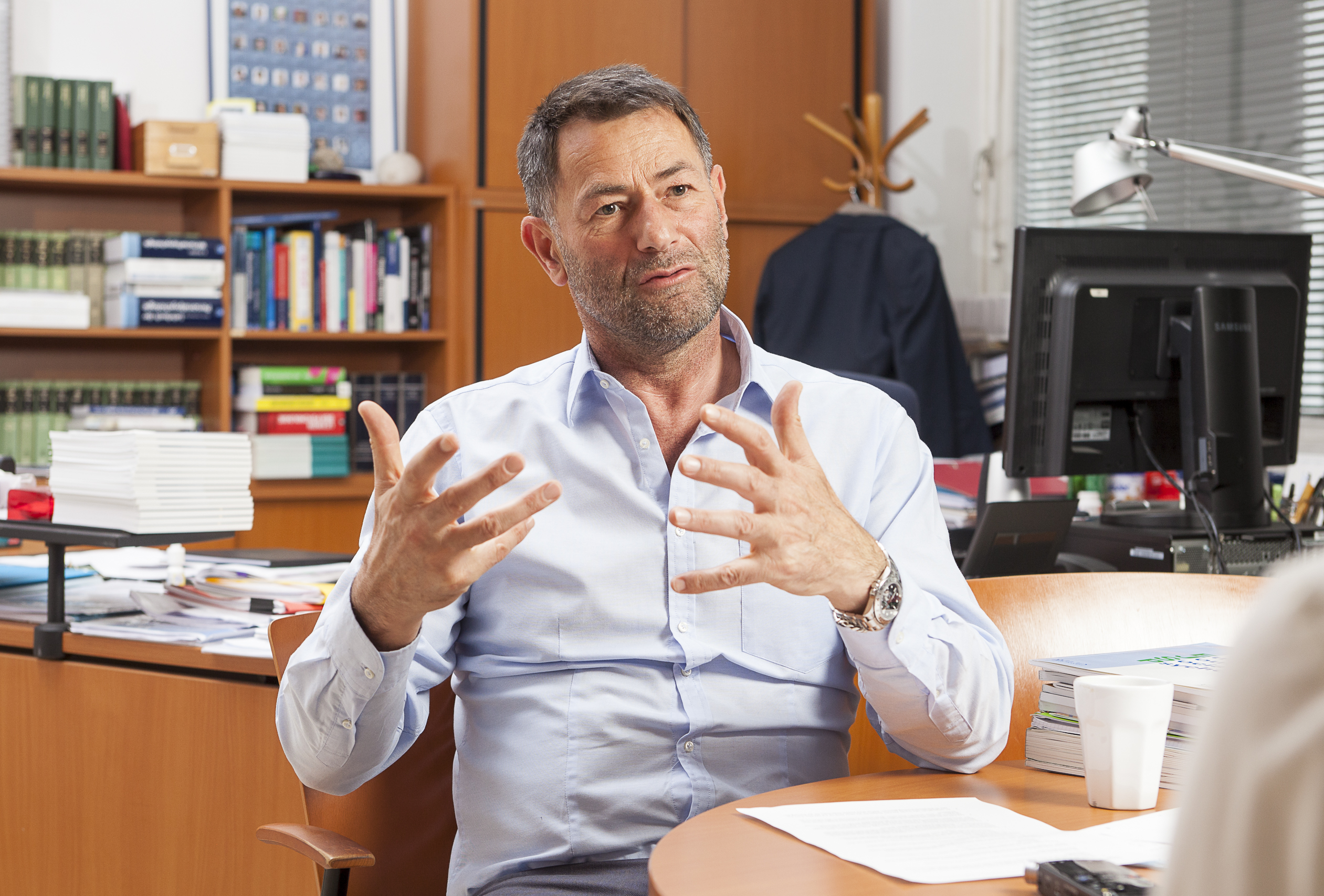Psychologist Erich Kirchler knows a great deal about human behaviour. His knowledge is now coveted in politics, where motivation takes preference over regulation.