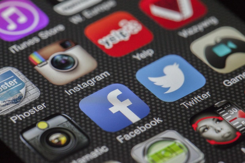 Nutzerinnen und Nutzer sozialer Medien wissen oft nicht, wie Überwachung passiert, sind aber besorgt um ihre Privatsphäre. Alternativen, wie etwa nicht kommerzielle Plattformen, sind jedoch nach wie vor rar.