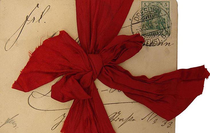 Briefe sind eine wertvolle Quelle für die Forschung. Briefbündel aus dem Nachlass von Martha Teichmann der Sammlung Frauennachlässe.