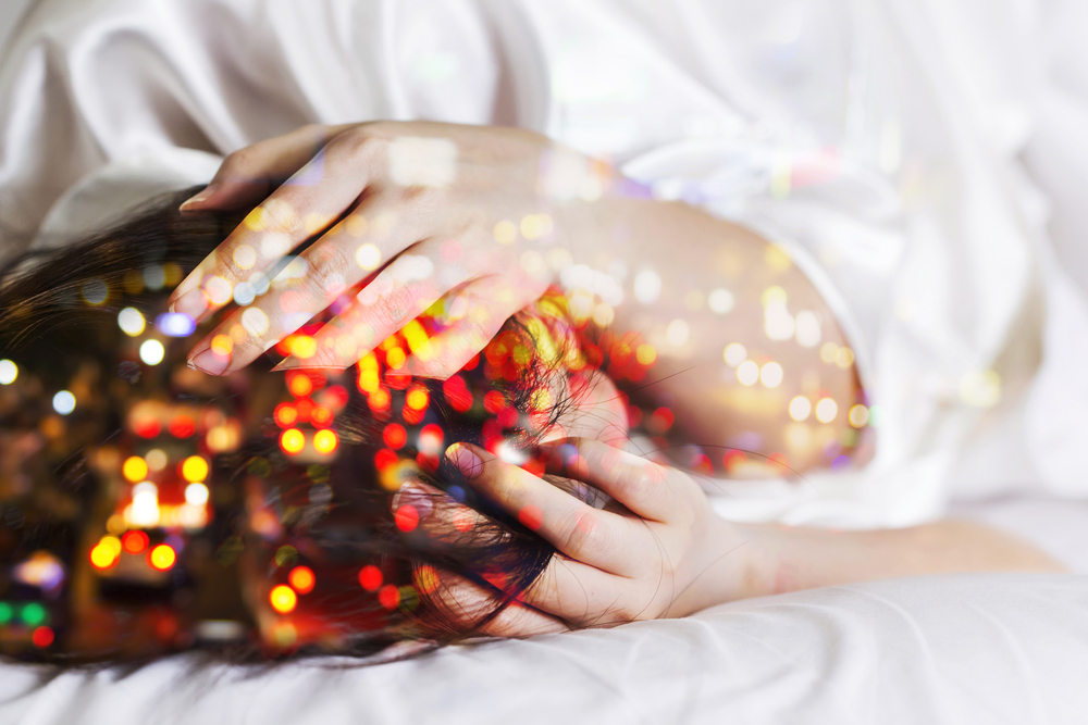 Migräne ist häufig mit einer Überempfindlichkeit gegenüber Lichtreizen verbunden. Ein Wiener Forscherteam untersucht neue Behandlungsansätze durch Lichttherapie.