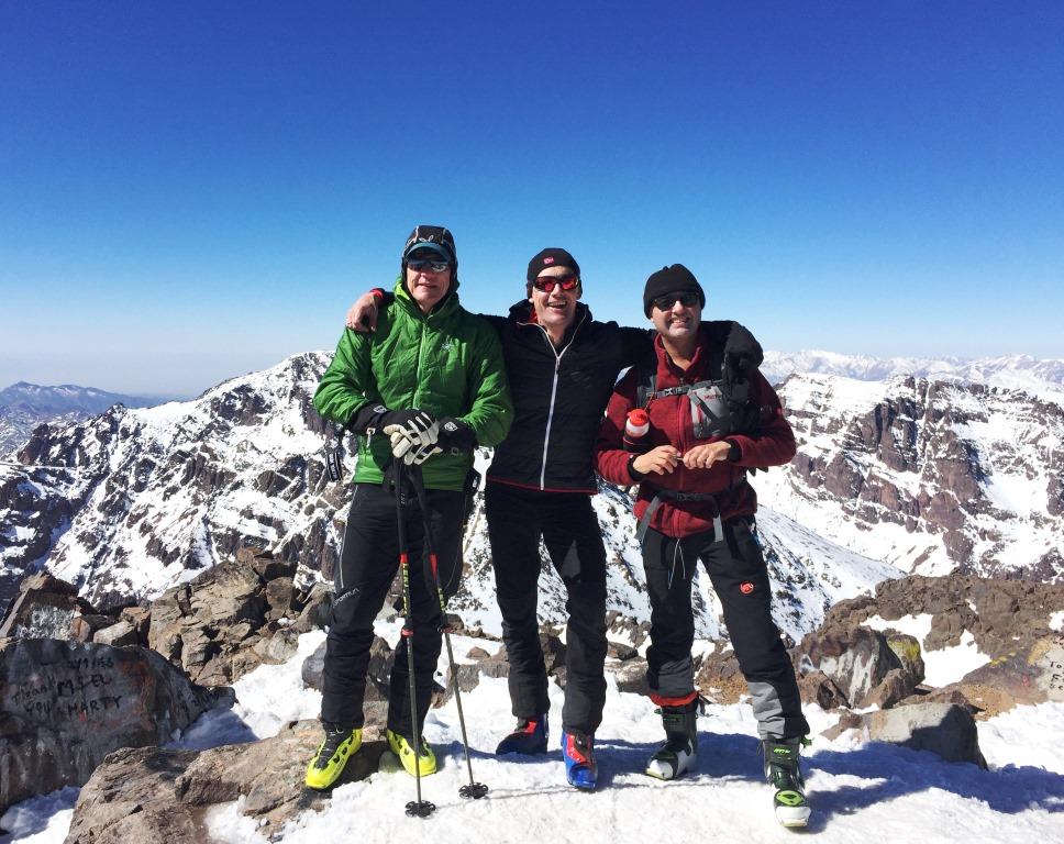 Am Berg findet der Vielbeschäftigte Entspannung und Erdung. (im Bild in der Mitte)