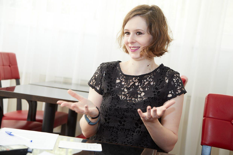 Für das Projekt der Open Libraries holen Caroline Edwards und ihre Partner so viele Leute wie möglich ins Boot – mit Erfolg. Seit dem Launch 2015 gibt es eine große Unterstützungsbewegung seitens der Bibliotheken und WissenschafterInnen.